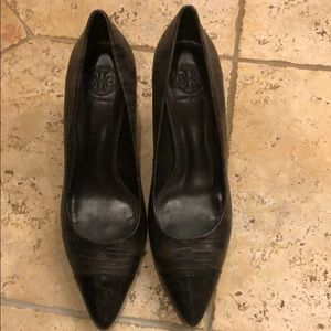 Tory burch pumps size 9 women's
